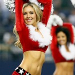 131216165109-dallas-cowboys-cheerleaders-25374718-single-image-cut