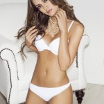 254098__480x640_Macri-Elena-Velez-Sanchez-Sexy-Revista-Stage-Lingerie-Pictures-Colombia-Aug-Sept-2013-03