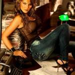 Melissa-Giraldo-jeans-pics-09